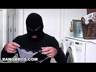BANGBROS - Curvy Cougar Sara Jay Bonks A Burglar (ap15985)
