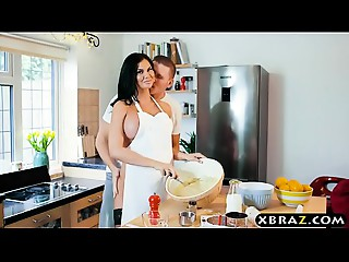 Cooking MILF Jasmine Jae bakes a cake during the time that being screwed