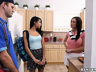 Stepmother Kendra Longing spies on pair