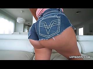 Kewl ass and large jugs latin chick Cougar Julianna Vega
