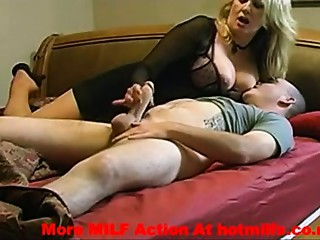 my cougar mommy getting screwed