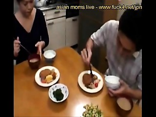 Aged japanese stepmammy know howto engulf - www.fuck4.net/jp