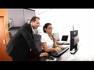 Hawt Secretary Receives Her Arse Ripped Open By Her Boss At The Office