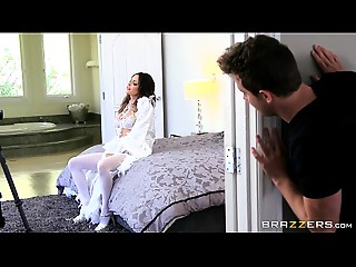 Brazzers - Jessica Jaymes - Mama Got Love bubbles