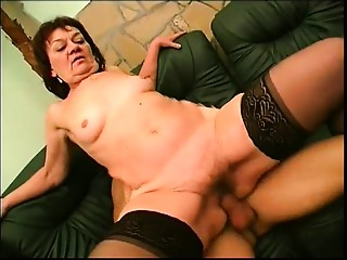 Old bitch squirts