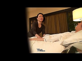 Subtitled Japanese mother I'd like to fuck massage therapist seduction in HD