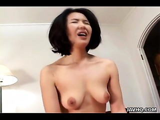 Oriental MILF loses her mind as she&#039_s drilled