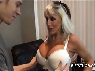 mamma milks sons pecker -feistytube.com