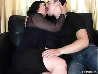 Overweight Old slut Likes Anal job