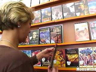 Grandma Miluska Fucking A Youthful Episode Store Clerk