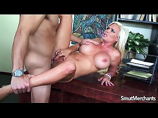 Hot Golden-haired Cougar drilled