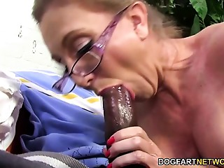 Hawt mother I'd like to fuck Jenna Covelli takes 2 BBC&#039_s